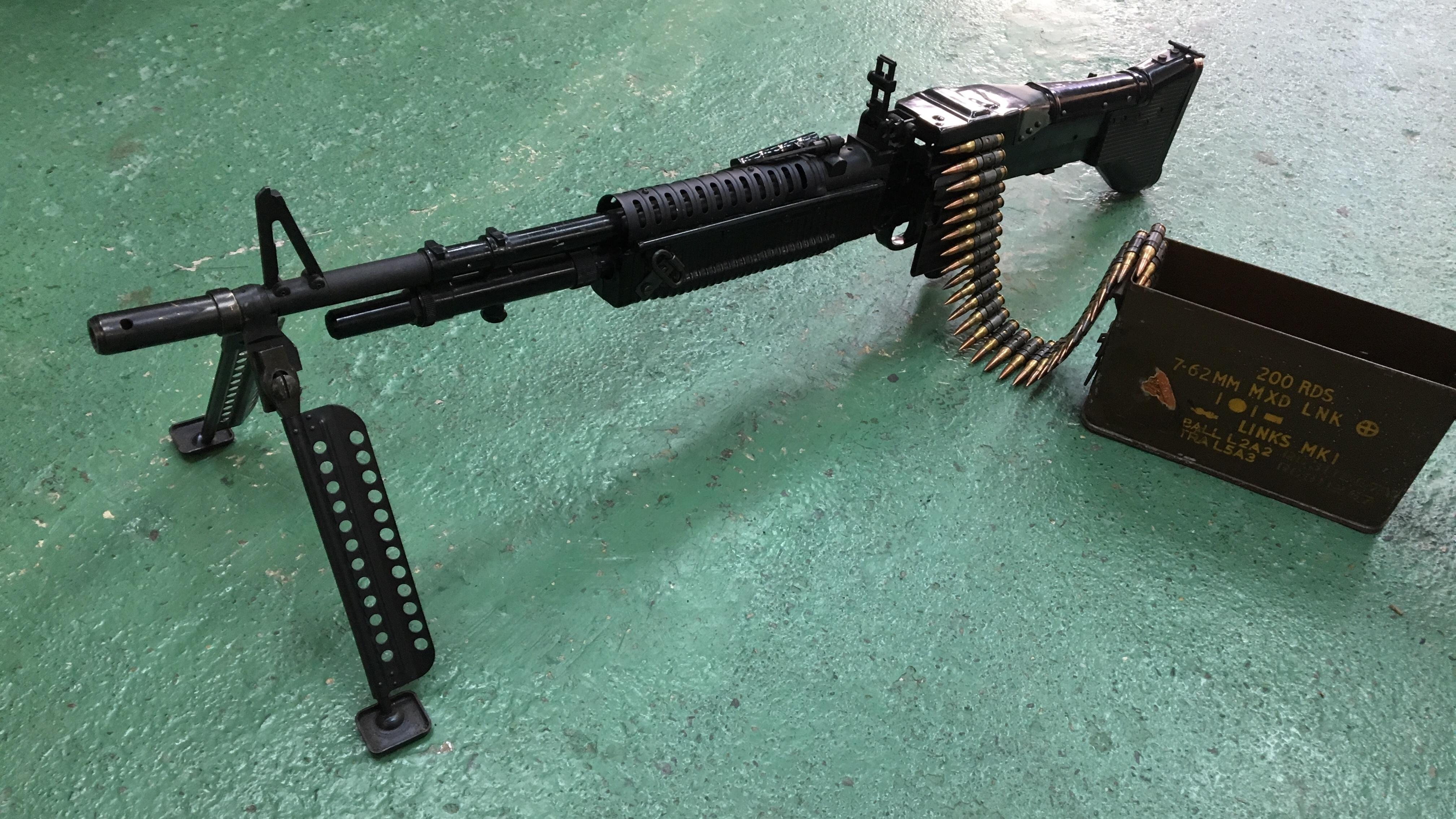 M60 軽機関銃