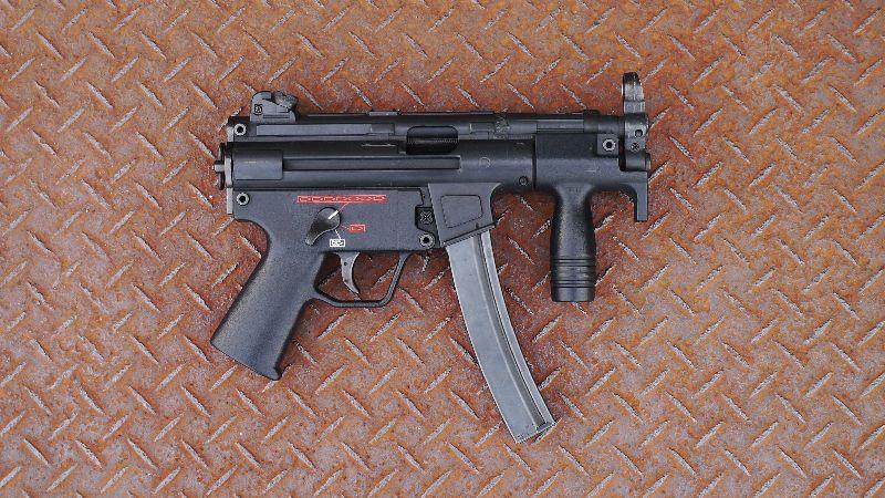 H&K MP5K サブマシンガン
