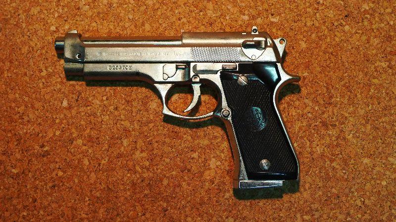 銃型ライターベレッタM92F銀