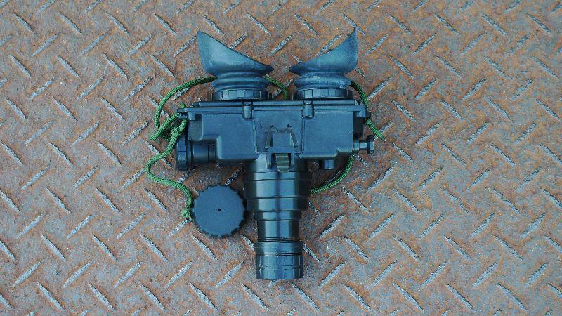 米軍 ANPVS-7 暗視ゴーグル(双眼)
