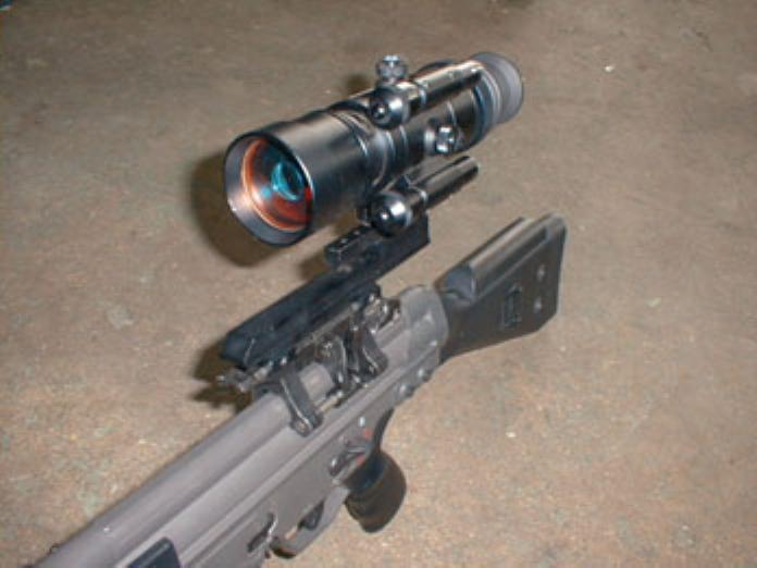 AN/PVS-4 スターライトスコープ(ダミー)