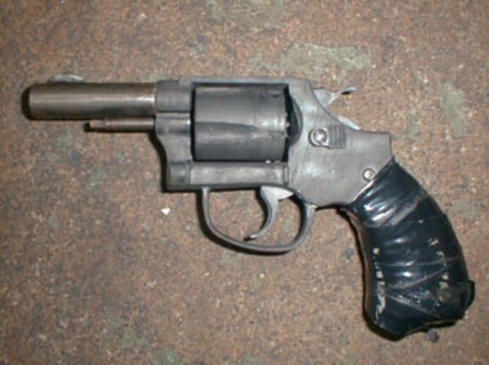 38口径密造銃回転式